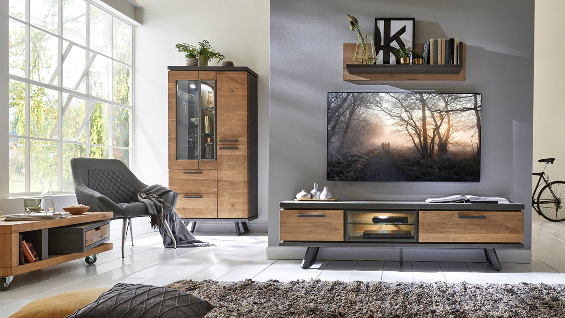 Schwarzer Stahl einrichtungspartner ring woods trends vitrine im industrial