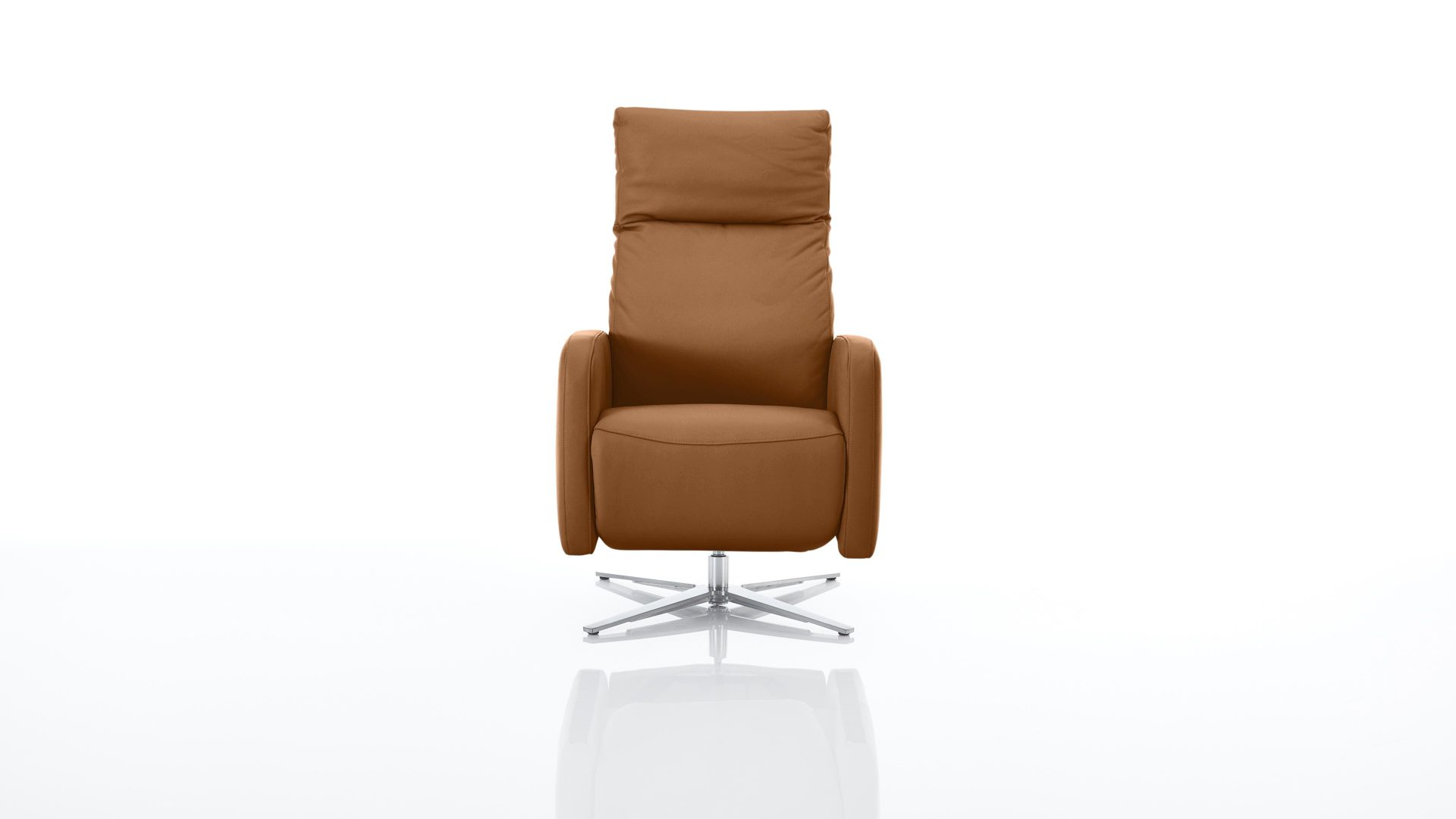 Sessel Interliving aus Leder in Braun Interliving Sessel Serie 4501 – Polstermöbel cognacfarbenes LongLife-Leder Z77-50 & satinierter Nickel-Sternfuß